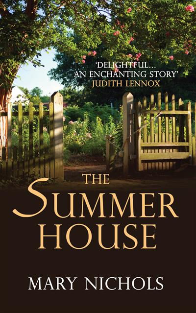 The Summer House: The moving and heartwarming family story